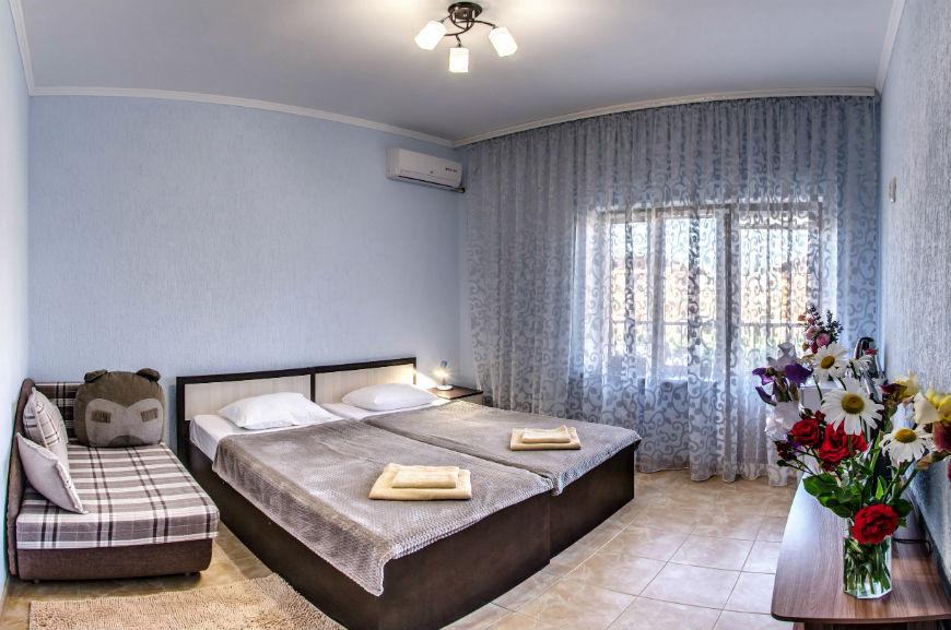 Частный гостевой дом в Заозерном Крым