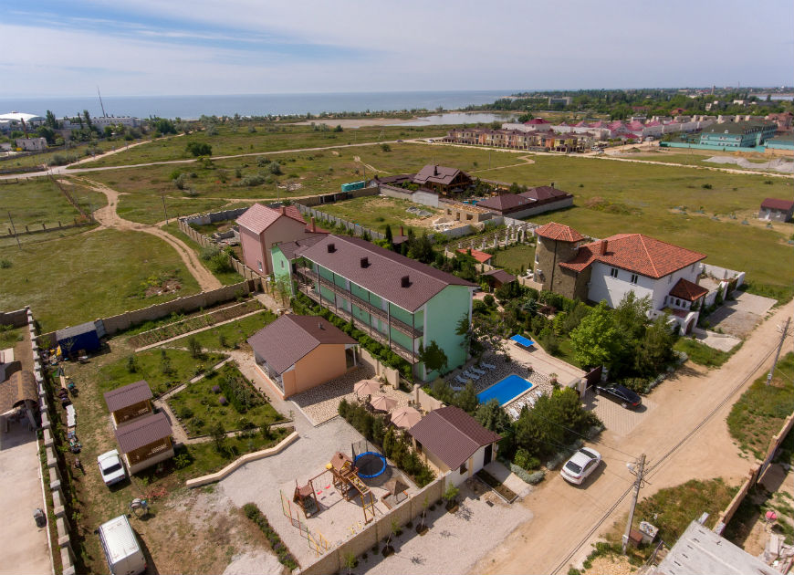 Цены на отдых в Крыму в Заозерном в гостевом доме Зеленая симфония
